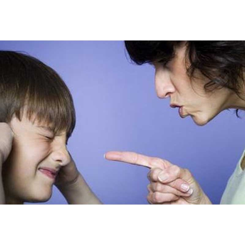 孩子叛逆期时家长该如何与他沟通